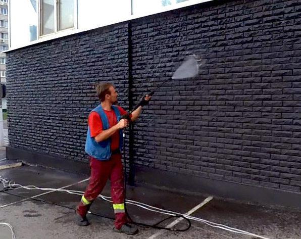 Гідроструминне очищення фасаду