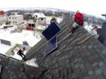 Монтаж солнечных панелей на скатную кровлю
