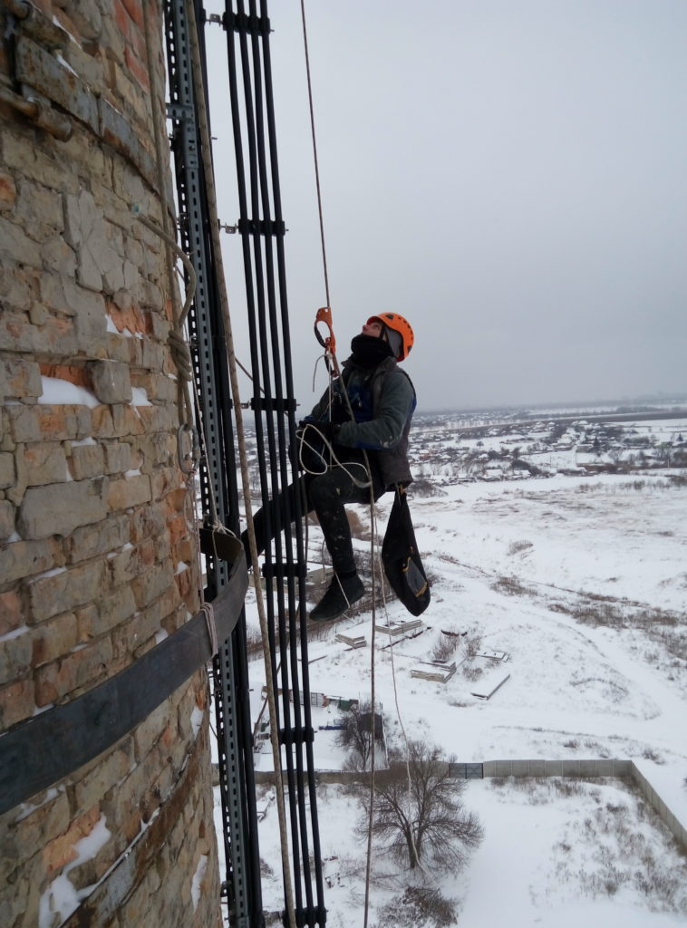 Промышленные альпинисты в Харькове фото