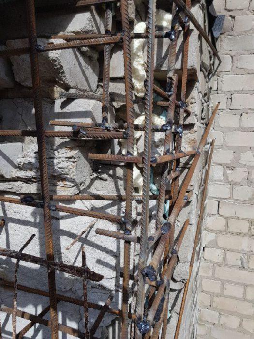 Восстановление поврежденной плиты альпинистами фото