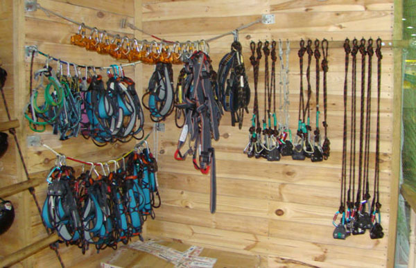 Equipment for rope park